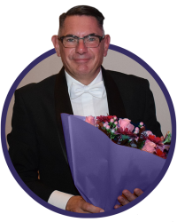 Dirigent Gerard-Rond klein2